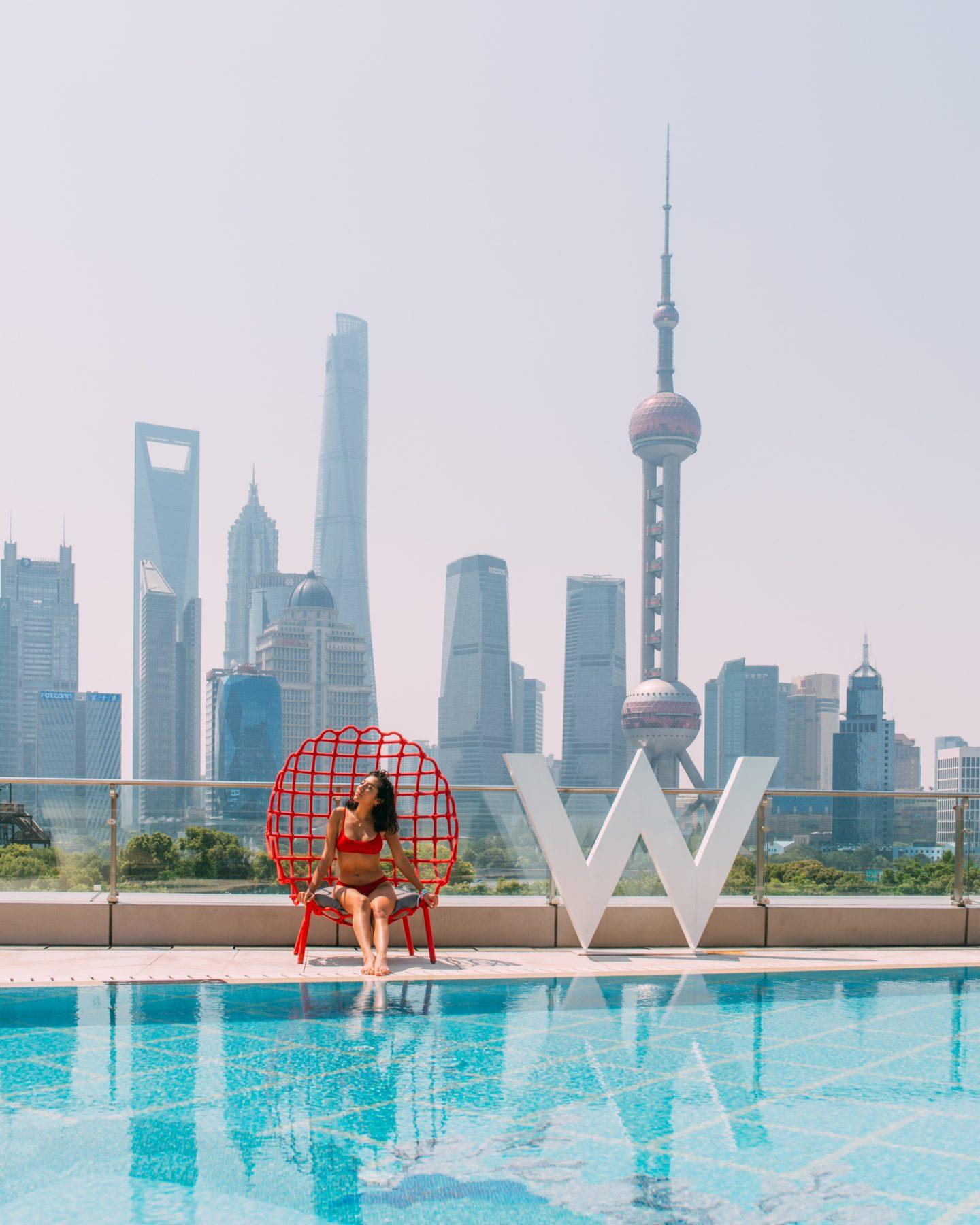 W Shanghai swimingpool