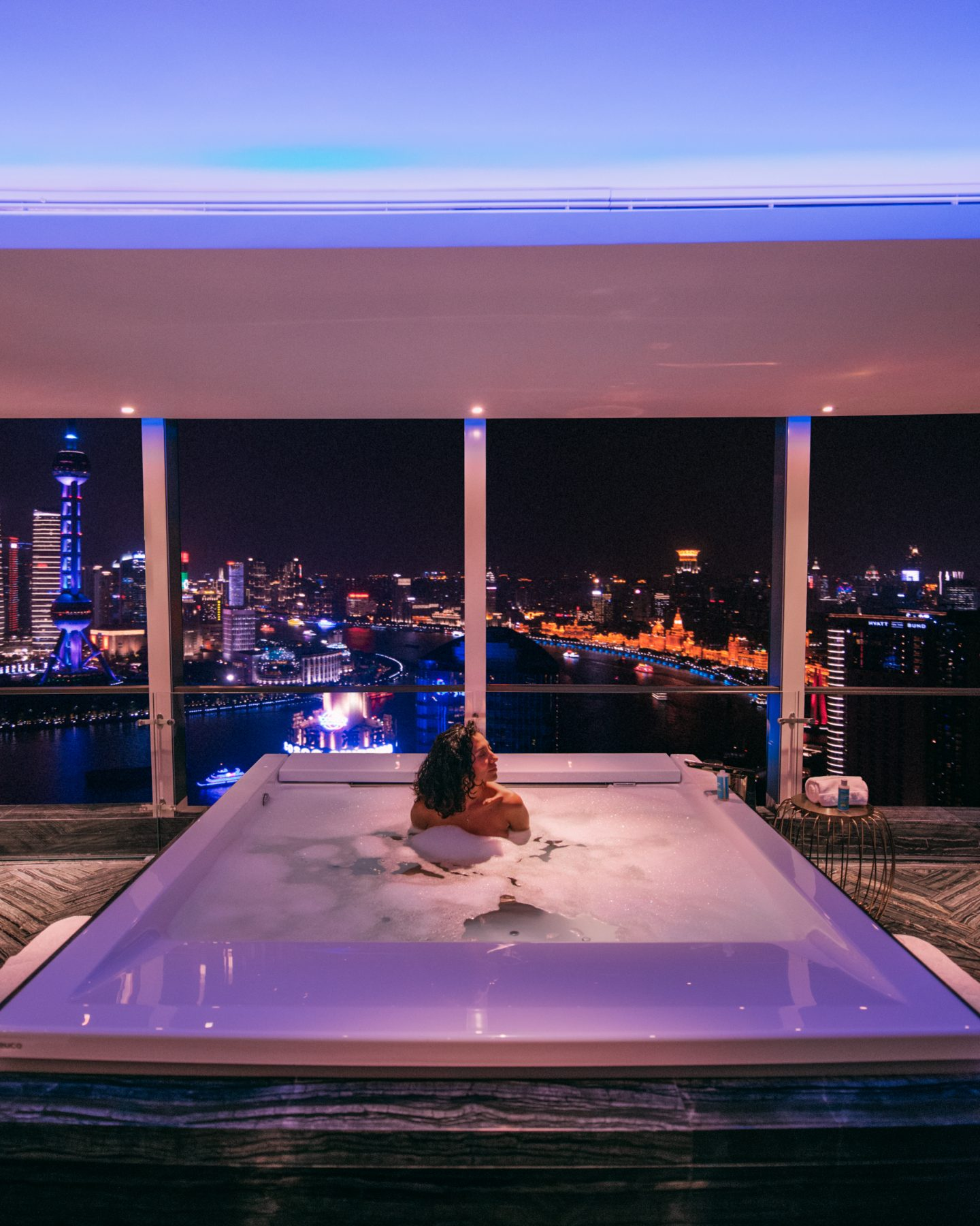W Shanghai bedroom jacuzzi